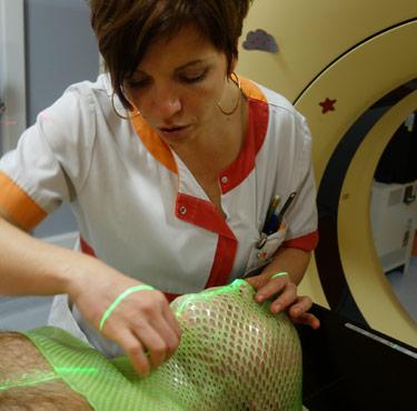 scanner-contention-proton-protontherapie-normandie